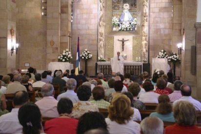 Casi un 70% de los españoles se declara católico
