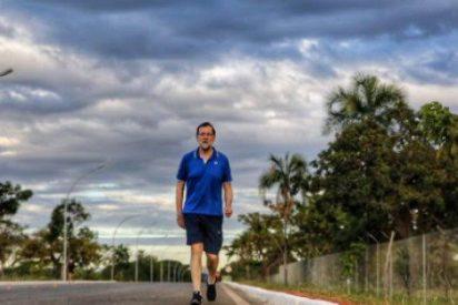 ¡Estilazo de Rajoy!, posando para esta espectacular foto desde Brasil