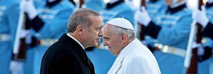 """Erdogan tilda de """"alianza de cruzados"""" el encuentro entre Francisco y los líderes de la UE"""