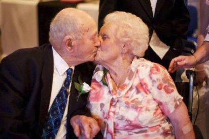 La pareja que llevaba casada 77 años muere el mismo día en un hospital