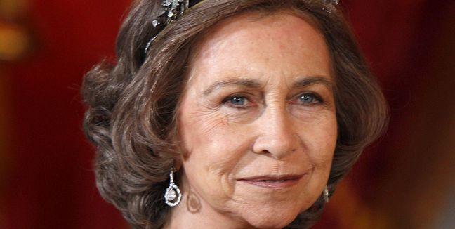 La última corona de espinas que Juan Carlos le ha clavado a Sofía hiere al propio hijo