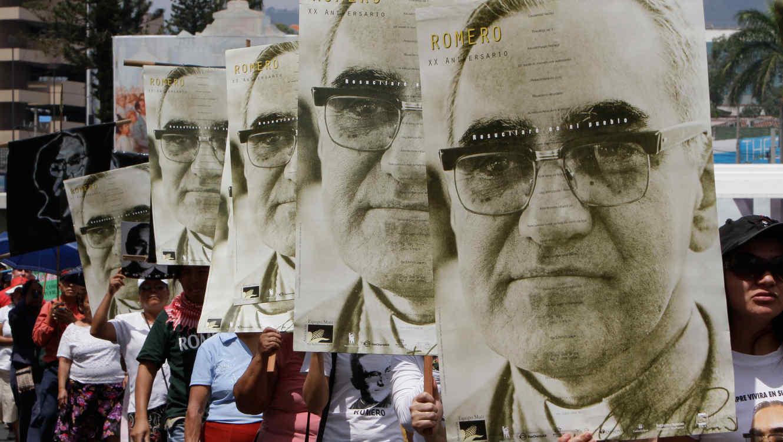 La Iglesia salvadoreña invita al Papa a visitar el país en agosto para celebrar el centenario de Romero