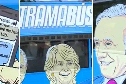 Podemos pone en circulación su autobús del odio contra los periodistas Eduardo Inda y Juan Luis Cebrián