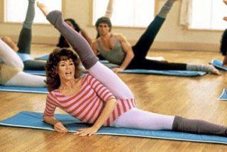 Jane Fonda desató la pasión por el aeróbic hace 35 años con este vídeo