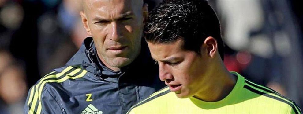 Zidane 'coge por banda' a James Rodríguez: la charla más 'caliente' en el vestuario del Real Madrid