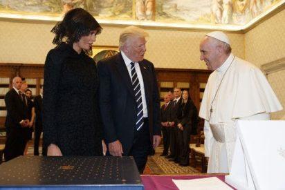 El 'chiste verde' que soltó el papa Francisco a Melania Trump sin que se enterara su marido