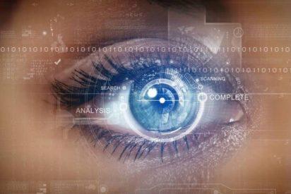 [VÍDEO] Así de fácil burlan los hackers el escáner de iris del nuevo Samsung Galaxy S8