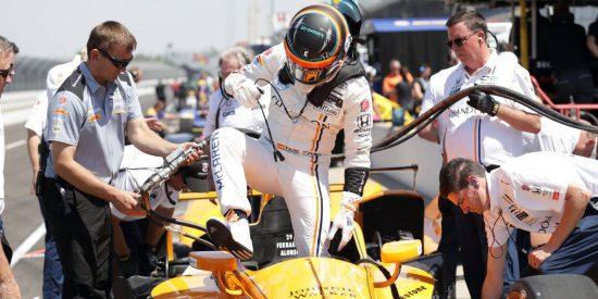 """Fernando Alonso: """"De la F1 a este coche me he adaptado en una curva"""""""