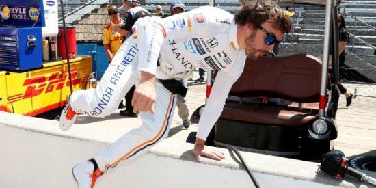 Fernando Alonso acaba 24º en la segunda jornada de pruebas en Indianápolis