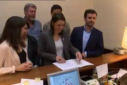Podemos amenaza al PSOE con 'sostener' al PP si los socialistas rechazan su moción
