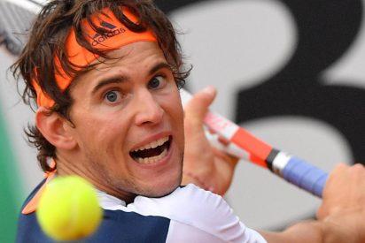 Thiem revienta la bola y frena la racha de 17 victorias de Nadal