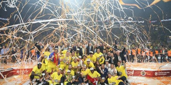 La Novena de Obradovic: Fenerbahce 80 - Olympiacos 64