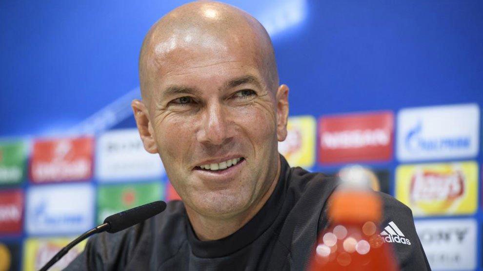 """Zinedine Zidane: """"Garet Bale no tiene que decirme si quiere jugar o no..."""""""