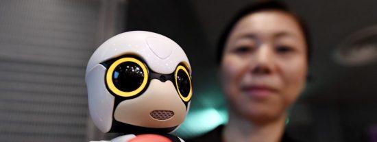 [VÍDEO] ¿Por qué Toyota ha creado este mini robot copiloto?