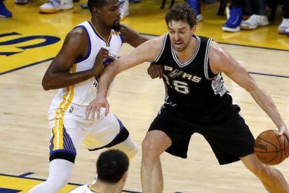 Stephen Curry (40) lidera una increíble remontada ante los Spurs de Pau Gasol