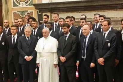 """El Papa pide a los futbolistas ser """"testimonios de humanidad"""""""