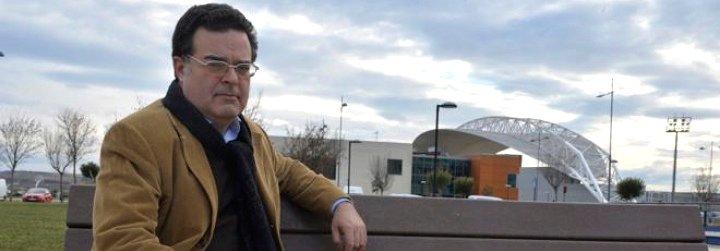 """Padre de la víctima del """"caso Gaztelueta"""" denuncia que la fiscal jefe de Bizkaia tiene """"relación directa"""" con el colegio"""