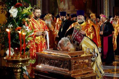 Ortodoxos reciben en Moscú una reliquia de San Nicolás de Bari