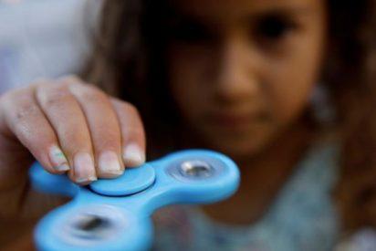La niña que casi muere ahogada por jugar con el Fidget Spinner