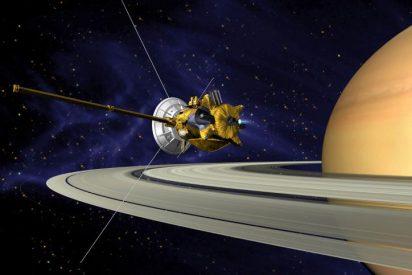 Escucha los inquietantes sonidos que grabó Cassini entre los anillos de Saturno