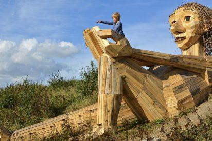 Los inquietantes gigantes escondidos que te ayudan a descubrir la naturaleza de Dinamarca