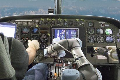 [VÍDEO] El nuevo Robot piloto que voló y aterrizó un Boeing 737