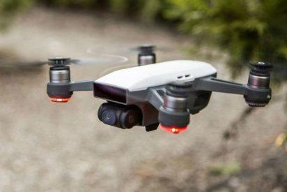 El primer dron del mundo en ser manejado con gestos de la mano, se llama Spark