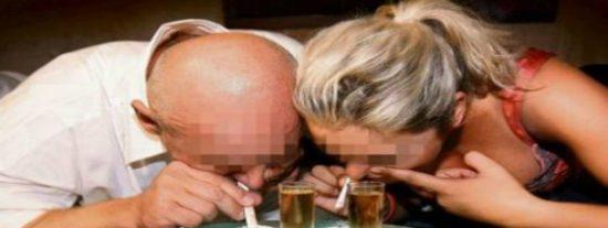 Los cocainómanos británicos están hasta las narices de los nuevos billetes de 5 libras