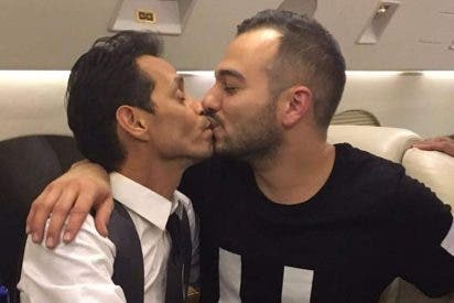 El apasionado beso de Maluma y Marc Anthony