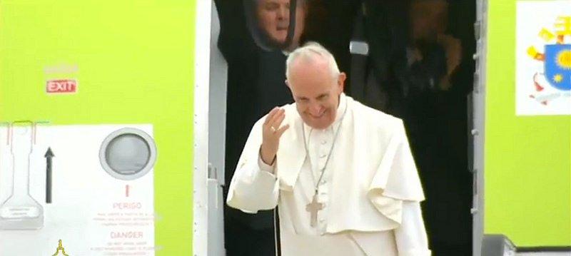 """El Papa al Presidente de la República: """"Le agradezco profundamente la hospitalidad"""""""