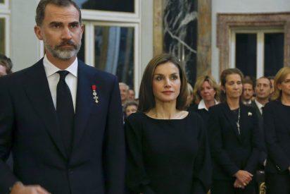 La mala cara de Doña Letizia en el reencuentro oficial con su mosqueada cuñada Cristina