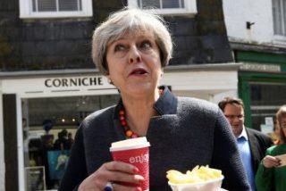 La UE exige a Theresa May que detalle cuándo pagará la factura del 'Brexit'