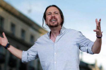 Los taxistas en huelga la emprenden a huevazos con Pablo Iglesias