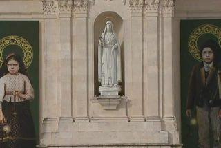 Francisco y Jacinta, los dos pastorcillos que el Papa canoniza hoy en Fátima