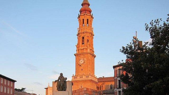 """Arzobispado de Zaragoza defiende la propiedad """"indiscutible"""" de los templos"""