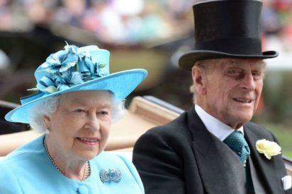 El duque de Edimburgo, marido de la Isabel II, se retira de la vida pública