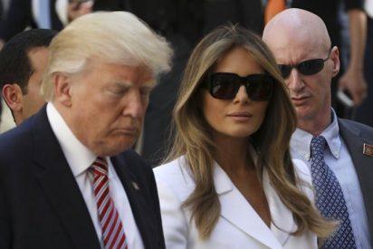 La 'venganza' de Melania: vuelve a rechazar la mano de Trump en público