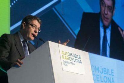 Álvaro Nadal insta a las administraciones a impulsar la movilidad alternativa
