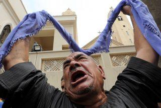Masacre islámica contra cristianos en Egipto: 28 coptos asesinados