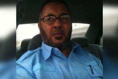 Arrestan al padre del terrorista islámico de Manchester mientras defendía a su hijo por TV