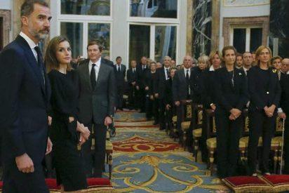 Felipe VI y Letizia coinciden con la infanta Cristina en el Palacio Real