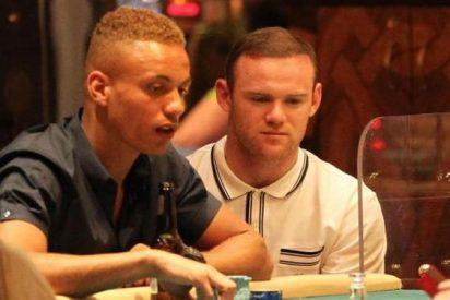 Rooney la vuelve a liar en un Casino de Manchester: La última locura del crack inglés