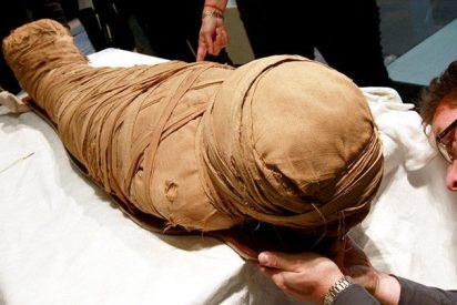 [VÍDEO] 'Descubrimiento sin precedentes': encuentran 17 momias en el centro de Egipto