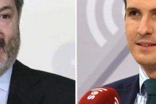 Rapapolvo de Bieito Rubido a Pablo Casado por ponerse de perfil con la errática política de comunicación de Rajoy