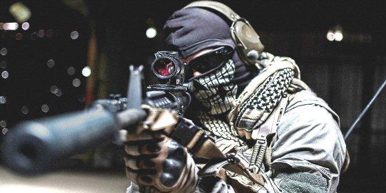 El vídeo del francotirador 'partidario de Dios' que mata ¡con un solo disparo! a dos soldados suníes