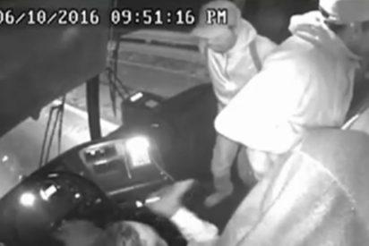 [VÍDEO SIN CENSURA] Graban asalto con violencia a un autobús con pasajeros en Toluca