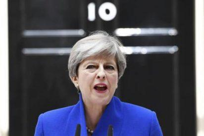 Theresa May confirma que formará Gobierno con el apoyo de los unionistas del Ulster