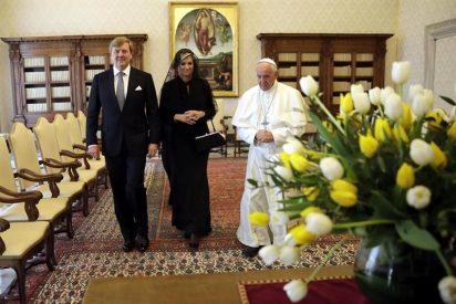 El Papa recibe a Guillermo Alejandro y Máxima de Holanda