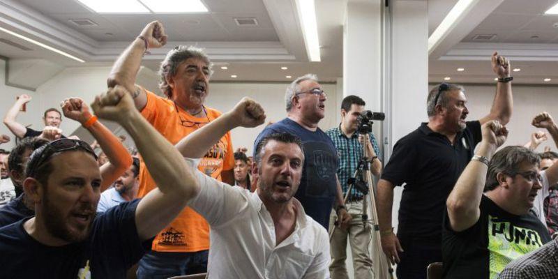 Los estibadores rompen la negociación con la patronal y anuncian 3 días de huelga