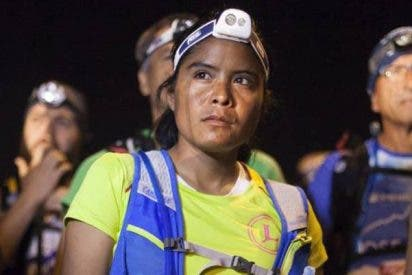 La corredora rarámuri Lorena Ramírez se retira de la ultramaratón en Canarias